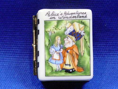ALICE IN WONDERLAND BOOK